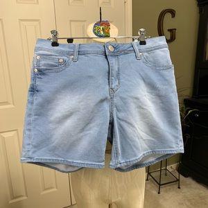 Seven Denim Shorts Size: 16